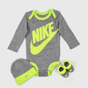 New authentic Nike baby romper set